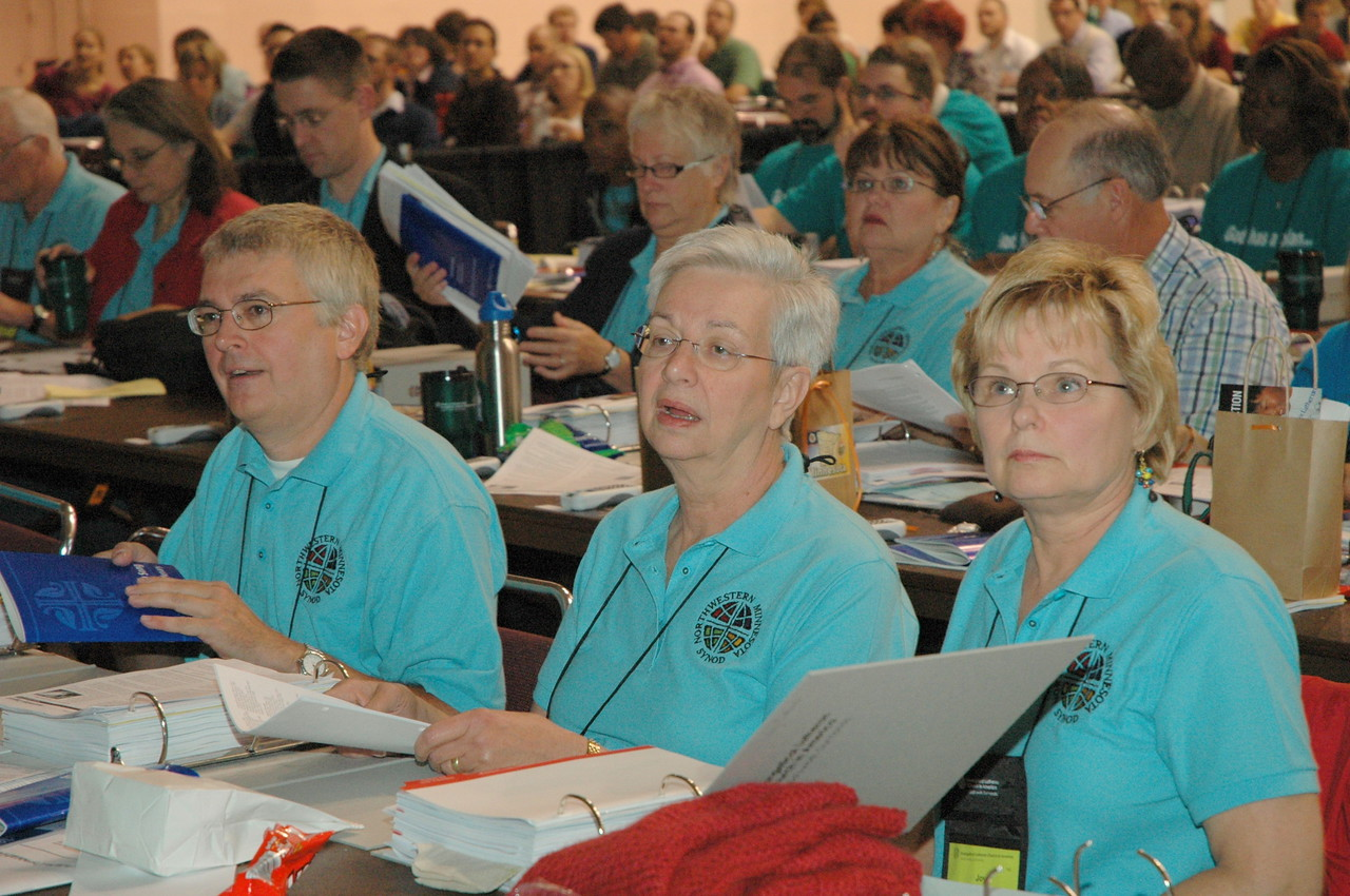 Northwestern Minnesota Synod voting members pay close attention!