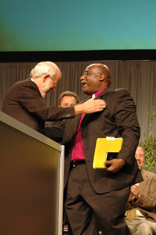 Presiding Bishop Hanson thanks Bishop Gregory Palmer, President, Council of Bishops, United Methodist Church for his wonderful sermon during morning worship.