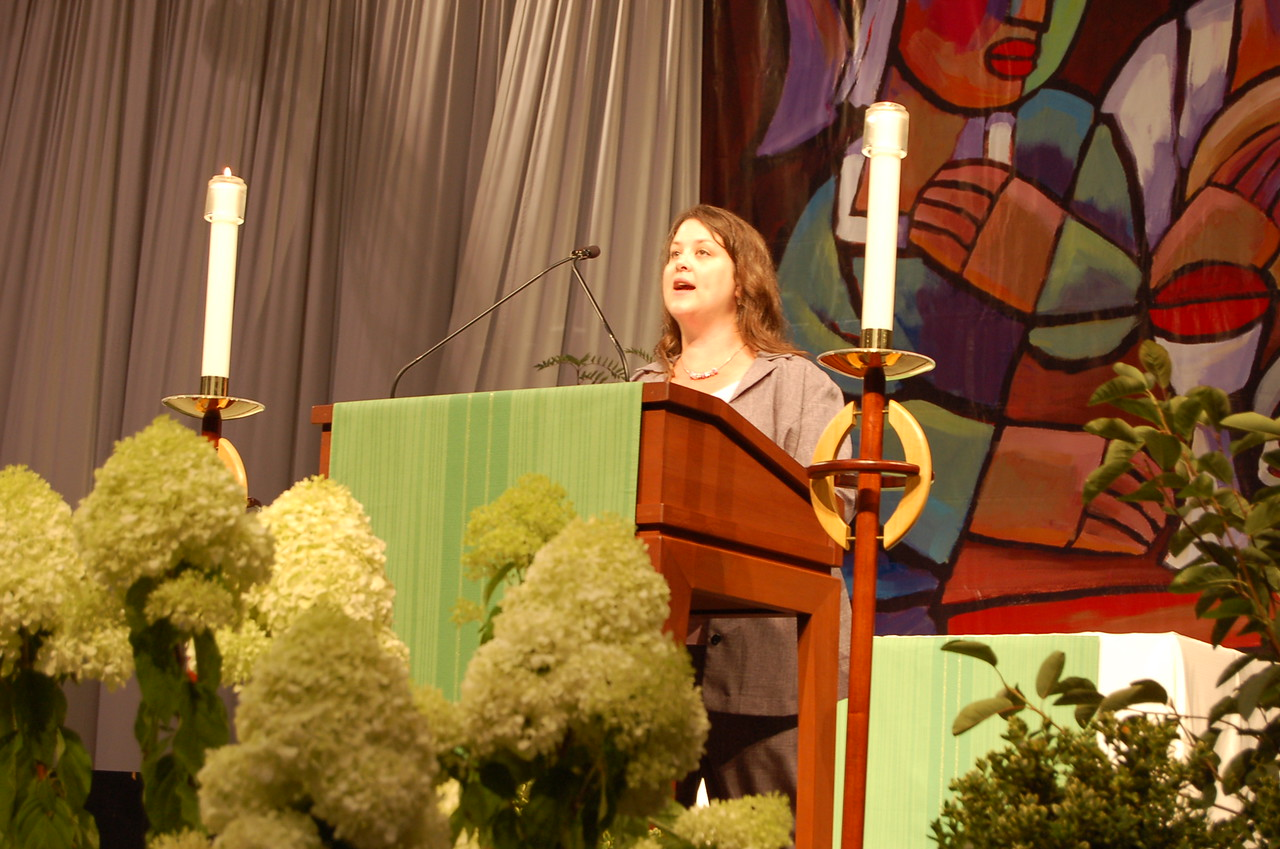Ruth Sall, Abingdon, Pa. sings the Scripture for the Tuesday worship service.