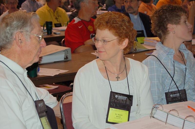 The Rev. Susan Briner, Summerville, S.C. (center)
