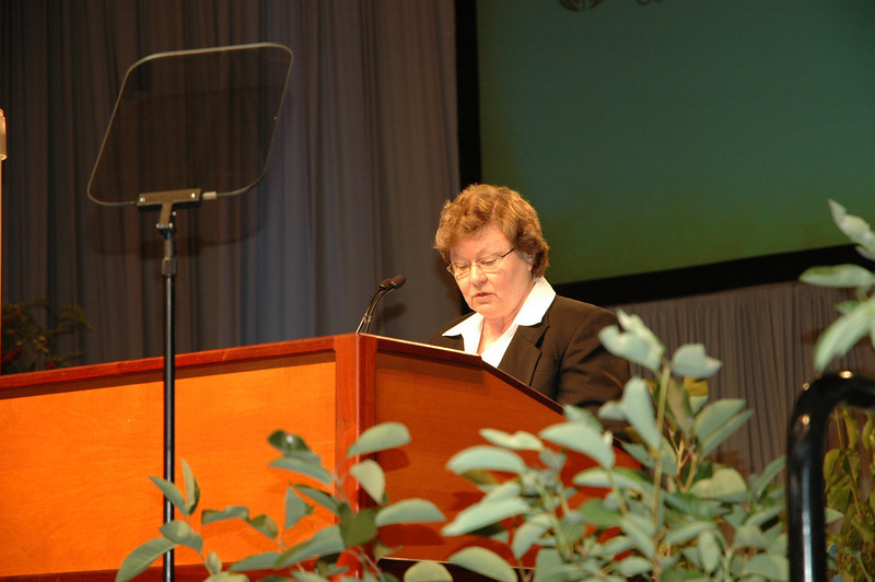 Dr. Norma Hirsch of the Church Council from Des Moines, Iowa, opens the plenary session with prayer.