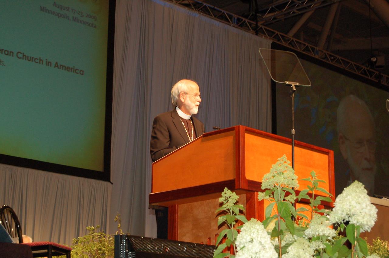 Presiding Bishop Mark S. Hanson during plenary session two.
