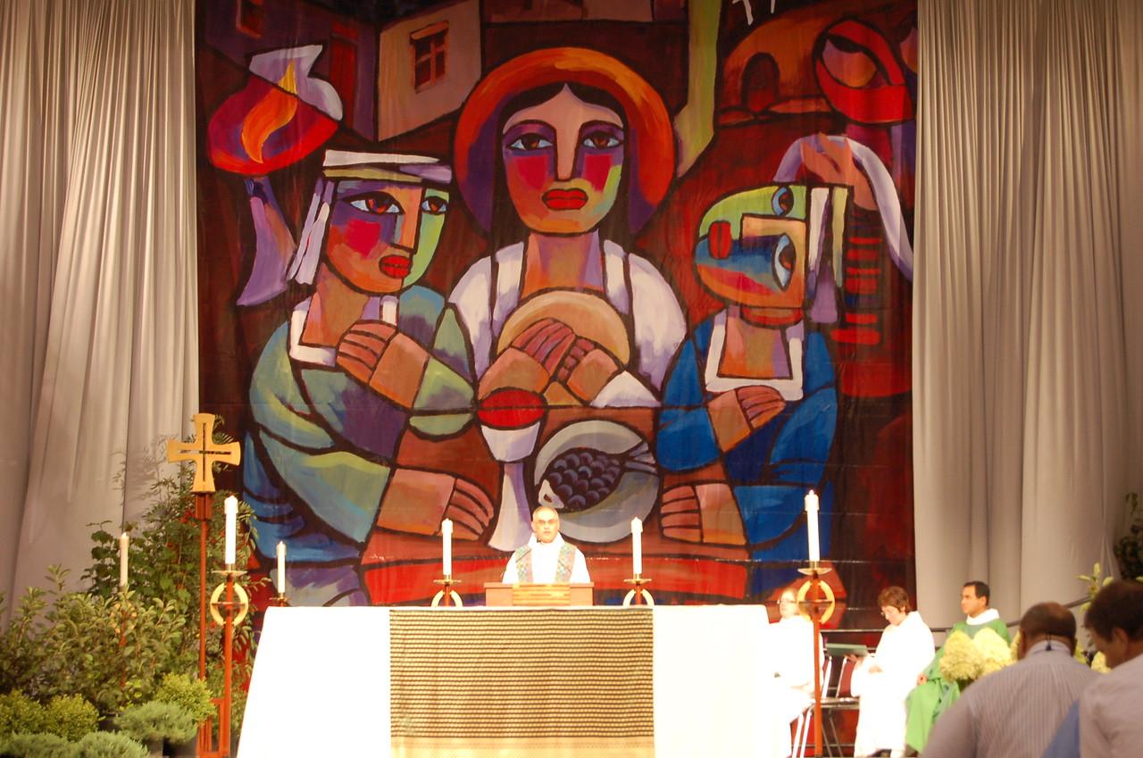 The Rev. Rafael Malpica-Padilla giving the homily at Wednesday worship.