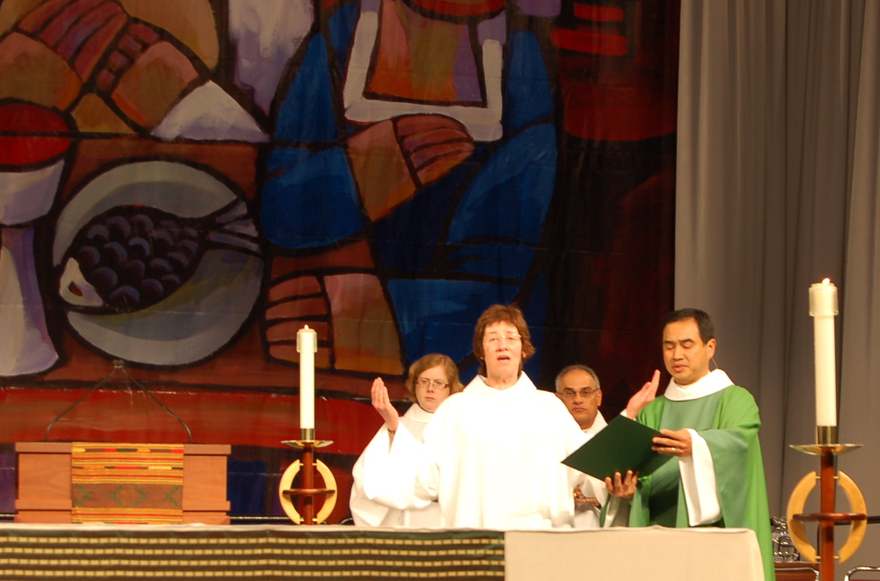 Sr. Virginia Strahn, Baldwinville, Mass., leads the assembly in the prayers of intercession.