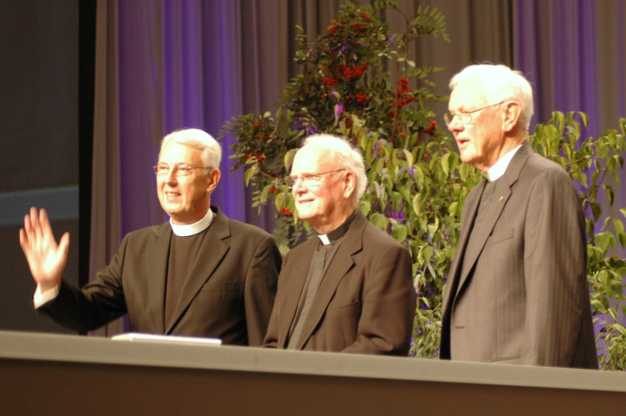 Bishop Hanson welcomes Former ELCA presiding bishop Herbert Chilstrom, former ELCA presiding bishop H. George Anderson and former secretary, Lowell Almen to the stage.