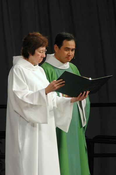 Sr. Virginia Strahan (Assisting Minister) and Pr. Lit-Inn Wu (Presiding Minister)