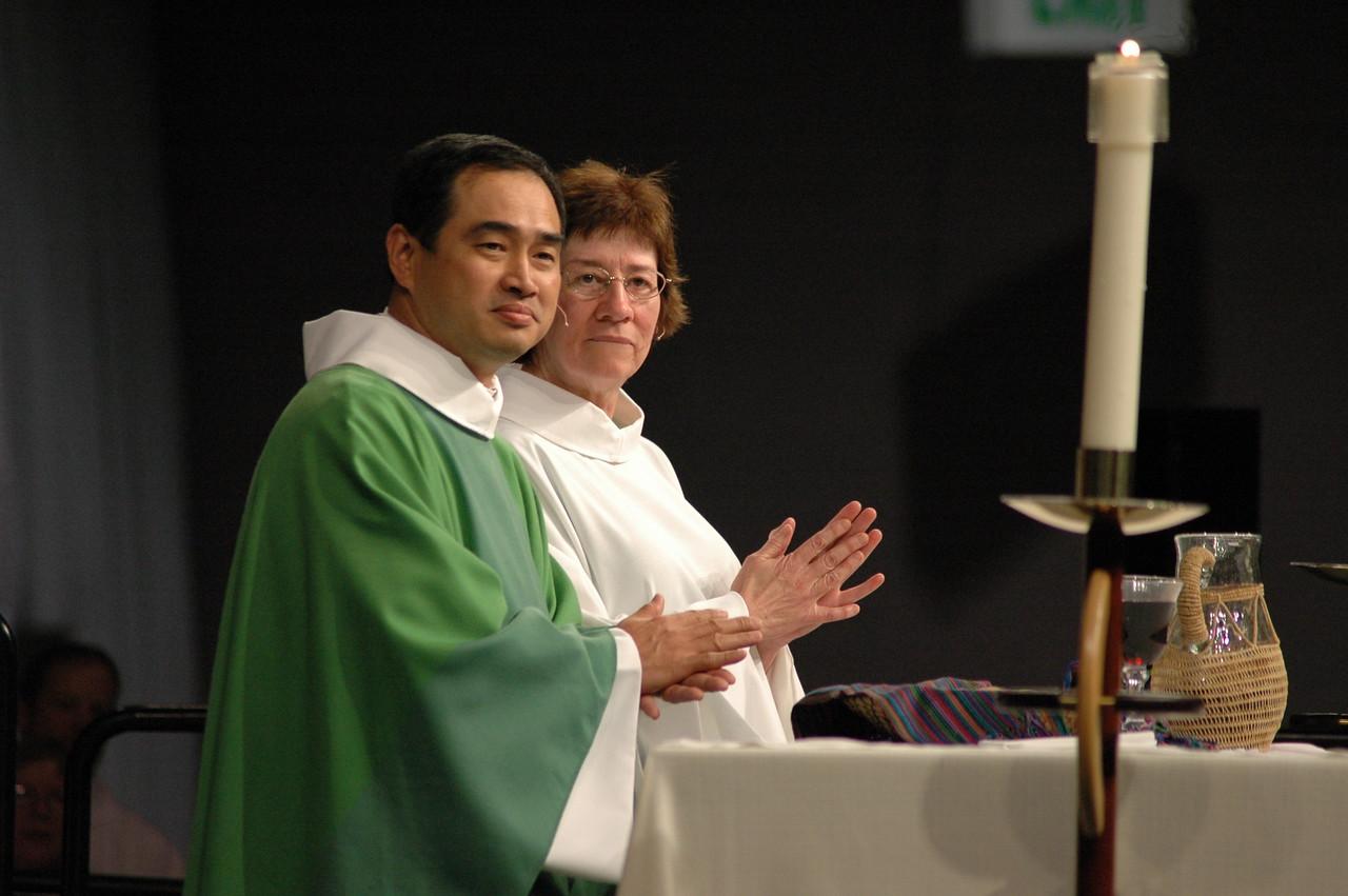 Pr. Lit-Inn Wu (Presiding Minister) and Sr. Virginia Strahan (Assisting Minister)