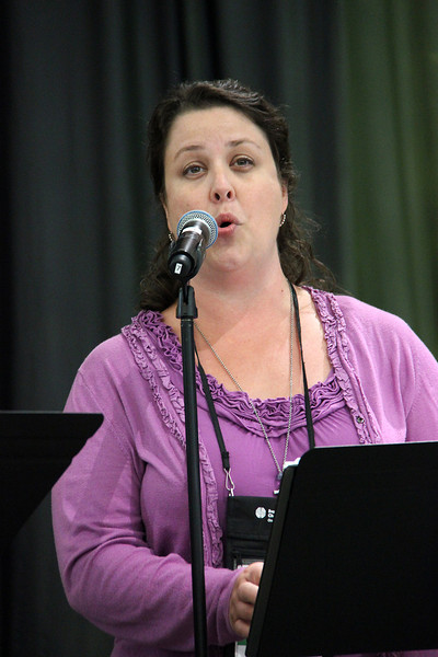 A song is shared during the opening of the Assembly.