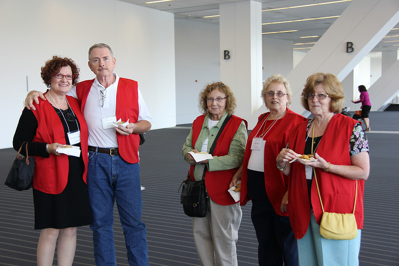 Volunteers enjoy cookies at the Assembly.