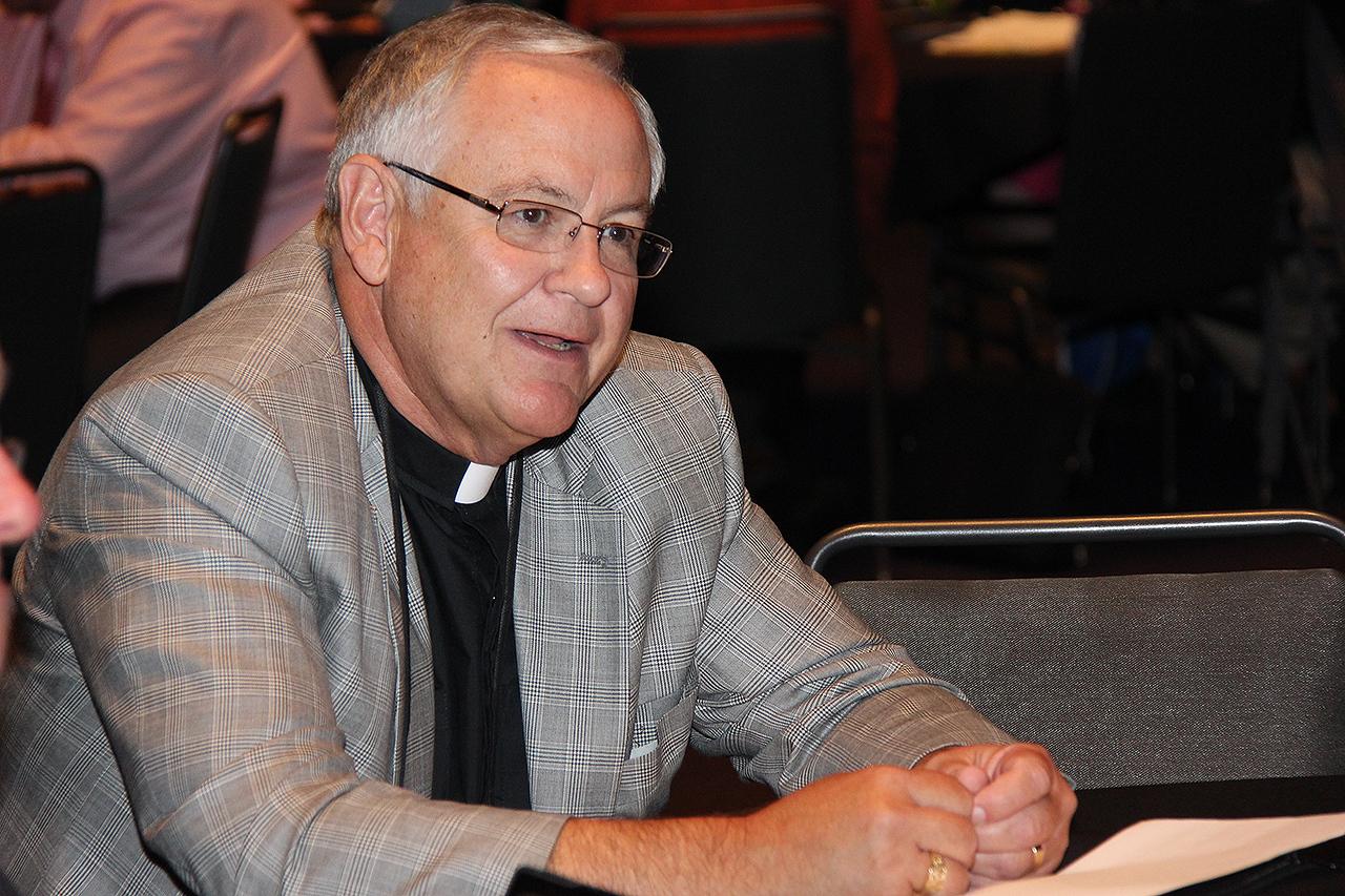 Bishop-elect Kirby Unti, ELCA Northwest Washington Synod, participates in Bible study.