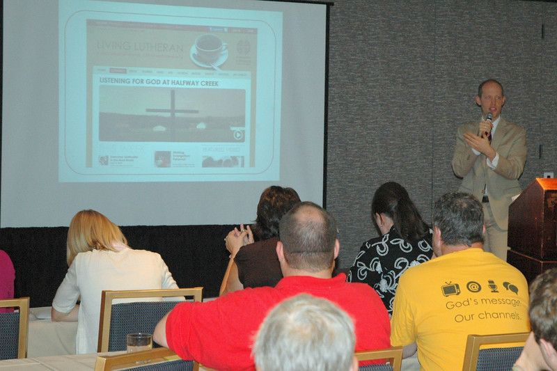 "Scott Hendrickson, Associate Executive Director; Director for Marketing, Public Relations and Creative Services, presenting the workshop ""Social Media Marketing"""