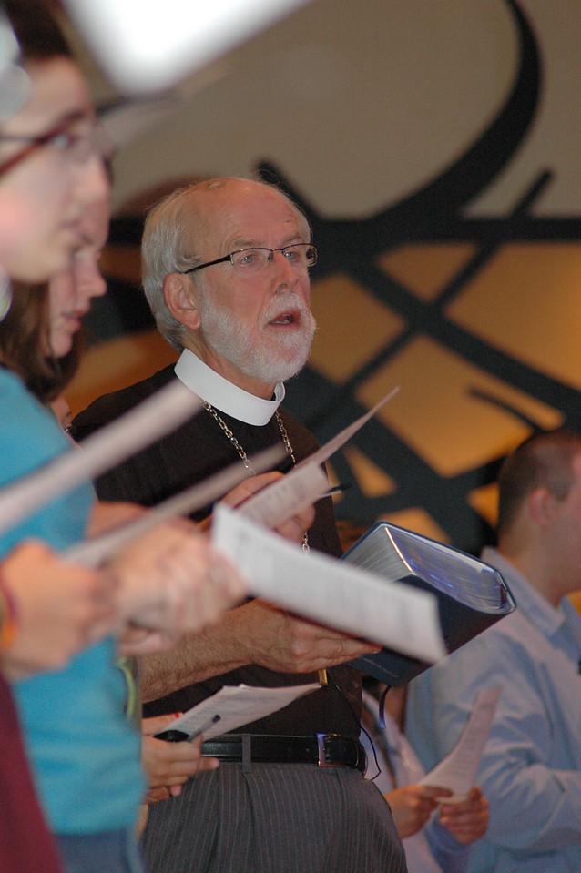 Presiding Bishop Mark S. Hanson during closing worship