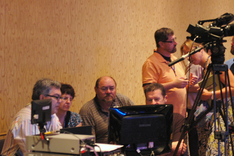 "Len Mason, Senior Web Developer, ELCA Communication Services, presenting the ""Webcasting for Any Budget"" workshop"