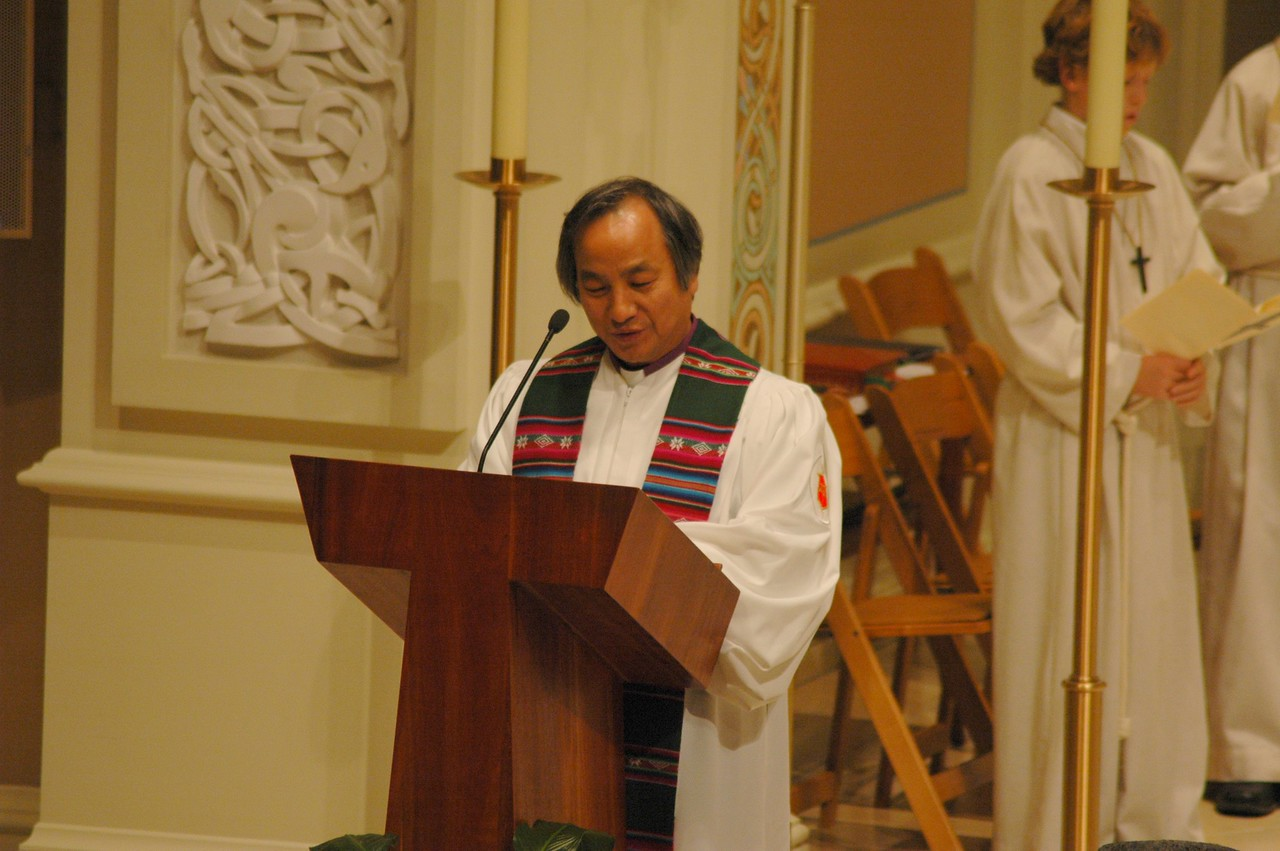 Bishop Hee-Soo Jung, Chicago Episcopal Area of United Methodist Church, reads a prayer during the Oct. 1 JDDJ service in Chicago.
