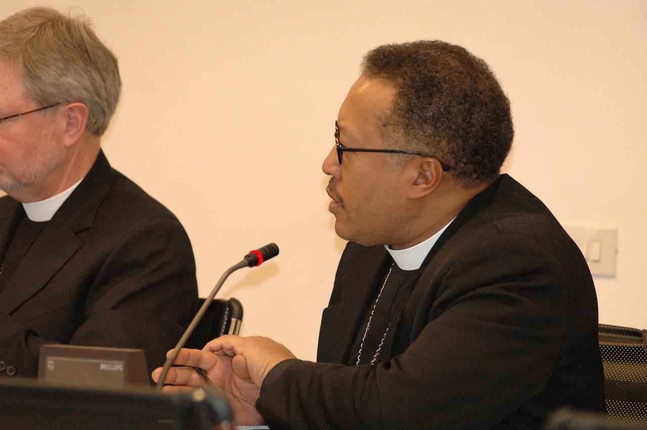 Bishop Callon Holloway, ELCA Southern Ohio Synod, addresses Cardinal Kasper Feb. 12 in Rome.