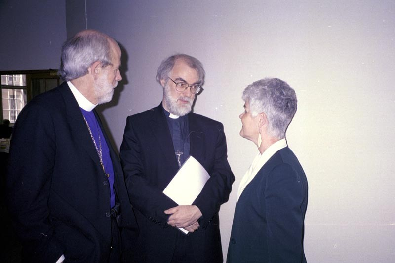 ELCA Presiding Bishop Mark S. Hanson and his wife, Ione, meet the Archbishop of Canterbury, the Most Rev. Rowan Williams, center, during a meeting in London March 28.