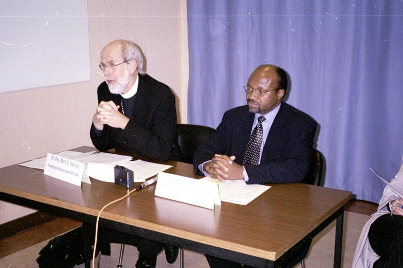 ELCA Presiding Bishop Mark S. Hanson [left] and the Rev. Ishmael Noko, LWF general secretary, address news reporters in Geneva on the eve of war with Iraq.