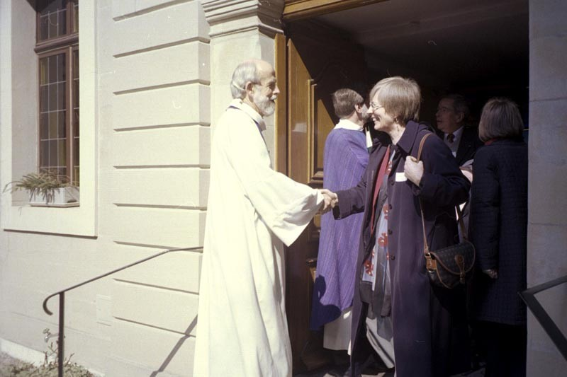 ELCA Presiding Bishop Mark S. Hanson greets parishioners at the Evangelical Lutheran Church of Geneva (Switzerland), where he preached March 16.