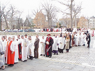 Representatives of  ELCA synods and Episcopal dioceses processed into the cathedral.