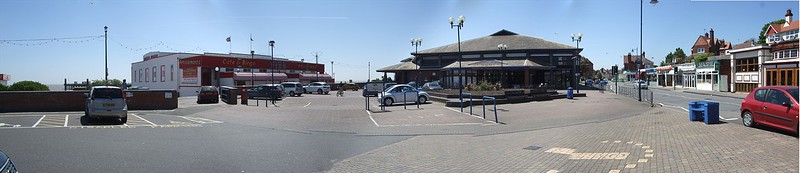 Photograph of the existing Felixstowe Pier and Plaza, with the Leisure Centre in the background.