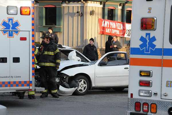 POTTSVILLE CITY VEHICLE ACCIDENT 2-13-2011 PICTURES AND VIDEOS BY COALREGIONFIRE