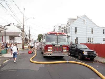 MAHANOY CITY ROWHOME FIRE 7-24-2011 PICTURES AND VIDEOS BY COALREGIONFIRE