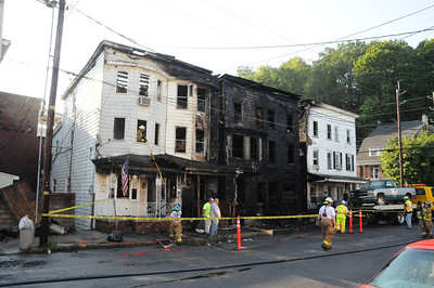TAMAQUA MULTIPLE HOUSE FIRE 7-5-2011 PICTURES AND VIDEOS BY COALREGIONFIRE