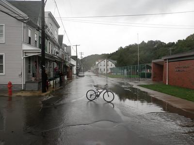 SHAMOKIN CREEK FLOODING 9-8-2011 PICTURES BY COALREGIONFIRE