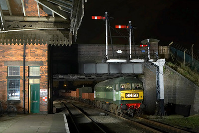 D1705 (47117) arrives at Loughborough Central with a mixed freight on 09/03/2007.
