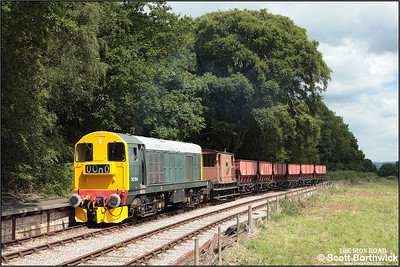 20154 enters the loop at Dilhorne Park after tackling the fearsome 1 in 19 Foxfield bank on 13/07/2008.