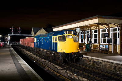 27066 stands at Wansford with a short mixed freight on 23/02/2008.