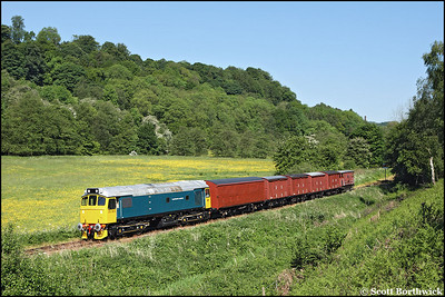 25322 'Tamworth Castle' heads a short rake of vans at Banktop on 01/06/2009.