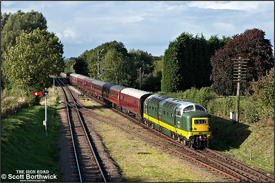 D9009 'Alycidon' arrives at Quorn & Woodhouse on16/09/2010.