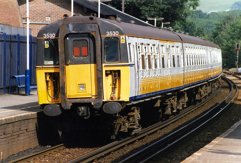 423530 OXT 15/08/02