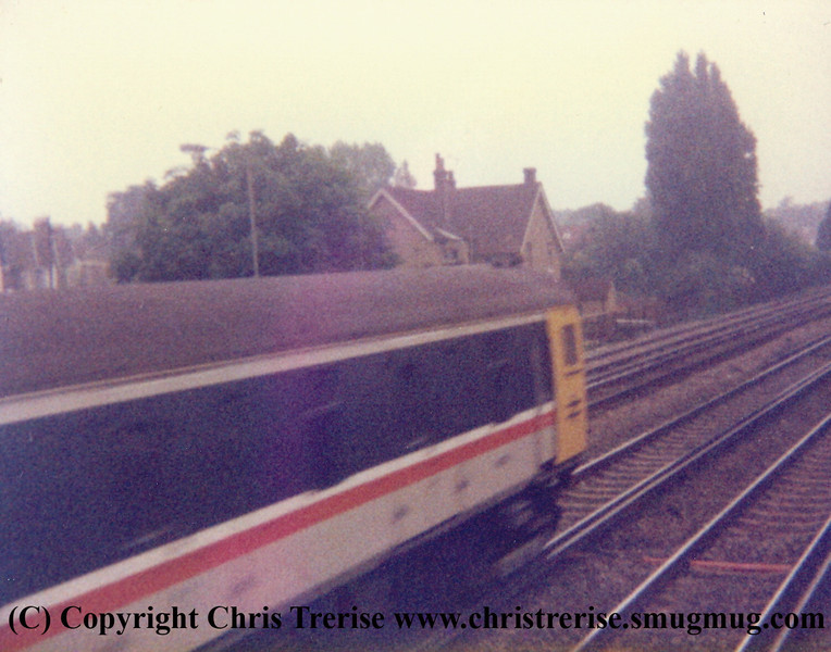 Class 489 GLV number 9106 passes Horley with a Gatwick Express service.<br /> 23rd June 1986
