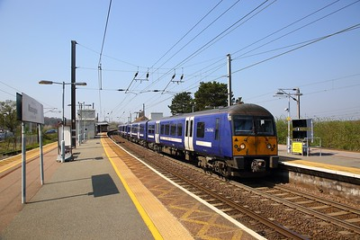 360116 on the 1Y14 1102 London Liverpool Steet to Ipswich at Manningtree on the 20th April 2018
