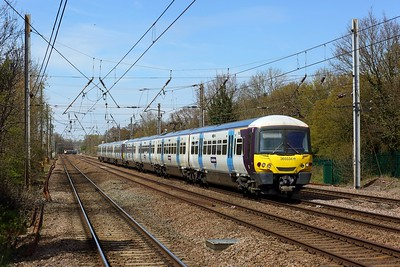 365534 leading 365502 on 1P35 1245 Peterborough to London Kings Cross at Welham Green on 18 April 2021  Class365, GN, ECMLSouth