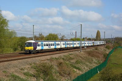 365534 leading 365510 working 1P83 0811 Peterborough to London Kings Cross at Welham Green on 1 May 2021  Class365, GreatNorthern, ECMLSouth