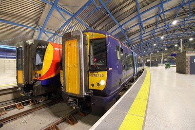 375712+375613 arrive with the 2Z42 1919 Ramsgate to London Waterloo at London Waterloo on the 30th August 2017