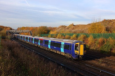 377503+377505 on the 1H10 0936 London Charing Cross to Robertsbridge at Swanley on the 19th November 2017