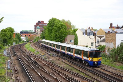 378135 on the 9G21 1034 Dalston Junction to Clapham Junction at Brixton on the 6th May 2019