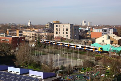 378228 on the 2L43 1030 Clapham Junction to Stratford at Homerton on the 5th February 2020