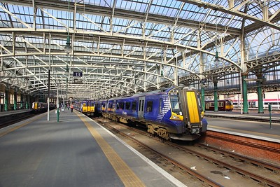 380107 arrives at Glasgow Central with the 1F66 1336 from Ardrossan Harbour on the 25th March 2019