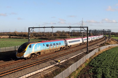 #Penguilino 390013 works 1H21 London Euston to Manchester Piccadily at Lichfield Trent Valley on 29th December 2015 1