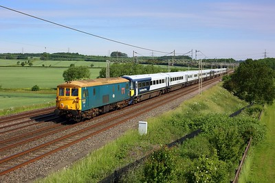 73201 tails 442409, 442403, 73119 and 66703 on 5Q81 Bournemouth to Wolverton at Ledburn on 14 June 2021  Class73, GBRF, WCMLSouthEast, Class442, Unitdrag