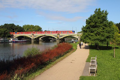 Pair of 455s over Richmond bridge with the 2K17 Kingston to London Waterloo on the 20th August 2017