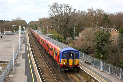 455728 leads 455712 working 2C34 1222 Ascot to London Waterloo at Sunningdale on 21 March 2021  WaterlooReadingLine, Class455, SWR
