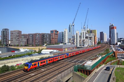 456020+455908+455920 on the 2O33 1314 London Waterloo to London Waterloo via Richmond and Strawberry Hill at Nine Elms, Vauxhall on 2nd September 2018