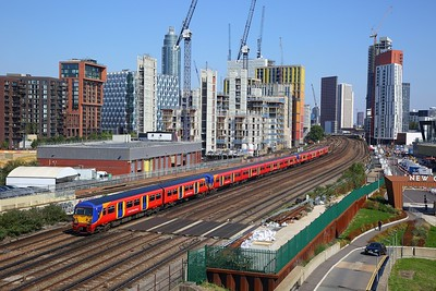456020+455908+455920 on the 2O33 1314 London Waterloo to London Waterloo via Richmond and Strawberry Hill at Nine Elms, Vauxhall on 2nd September 2018 1