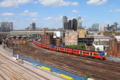 456019+456003+456012 on the 2J43 1557 London Waterloo to Hampton Court departing London Waterloo on the 2nd July 2017 1